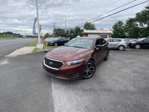 2015 Ford Taurus for sale at CARMART Of New Castle in New Castle DE