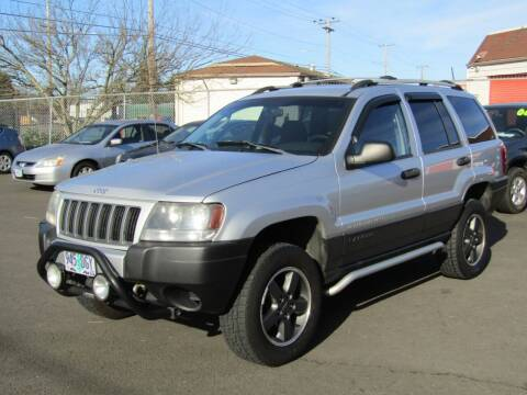 2004 Jeep Grand Cherokee for sale at ARISTA CAR COMPANY LLC in Portland OR