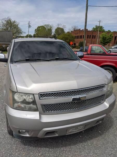 2007 Chevrolet Suburban for sale at Delgato Auto in Pittsboro NC