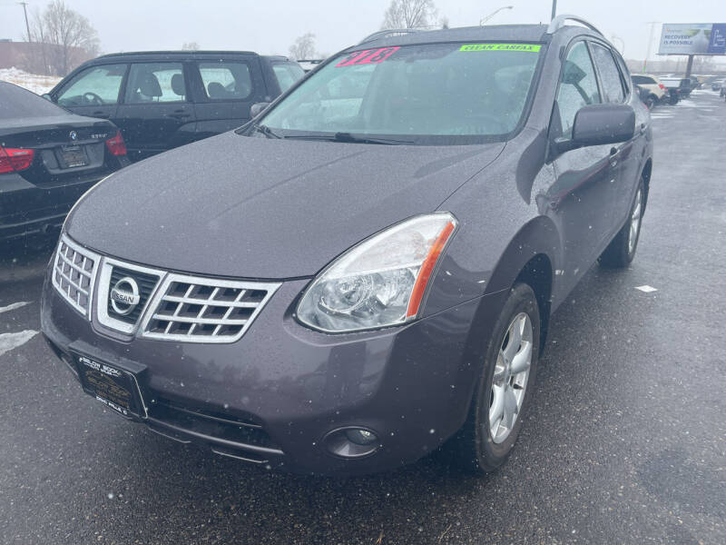 2009 Nissan Rogue for sale at BELOW BOOK AUTO SALES in Idaho Falls ID