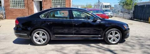 2013 Volkswagen Passat for sale at Wisdom Auto Group in Calumet Park IL