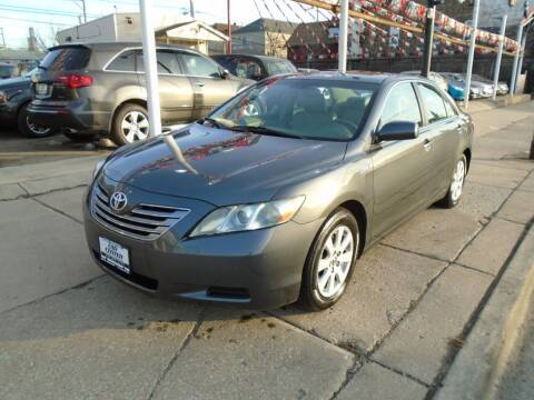 2008 Toyota Camry Hybrid for sale at CAR CENTER INC in Chicago IL