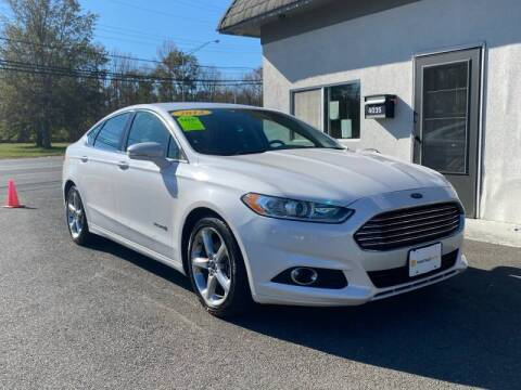 2013 Ford Fusion Hybrid for sale at Vantage Auto Group Tinton Falls in Tinton Falls NJ