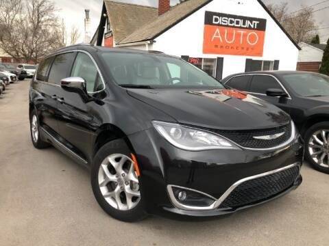 2020 Chrysler Pacifica for sale at Discount Auto Brokers Inc. in Lehi UT