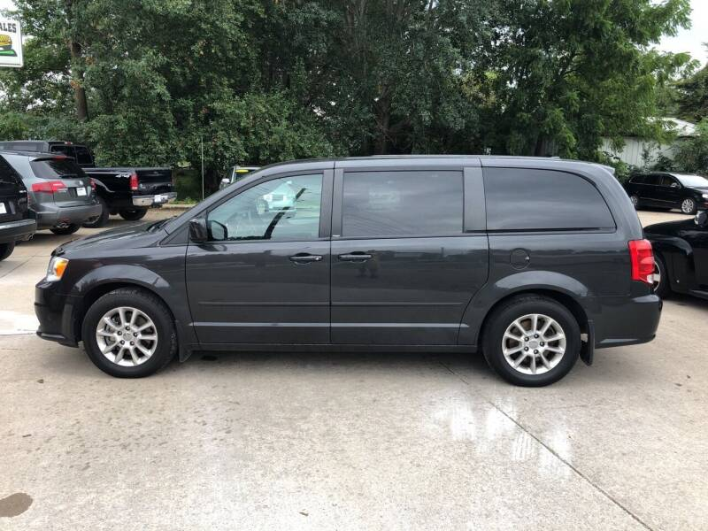 2012 Dodge Grand Caravan for sale at 6th Street Auto Sales in Marshalltown IA