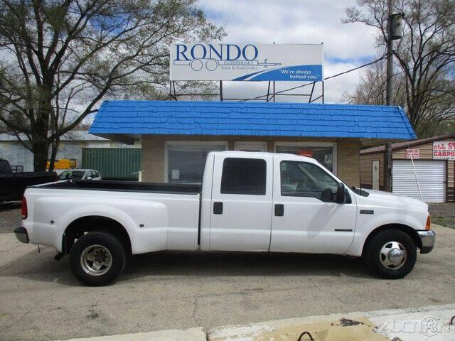1999 Ford F-350 Super Duty for sale at Rondo Truck & Trailer in Sycamore IL
