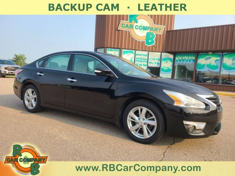 2015 Nissan Altima for sale at R & B Car Co in Warsaw IN