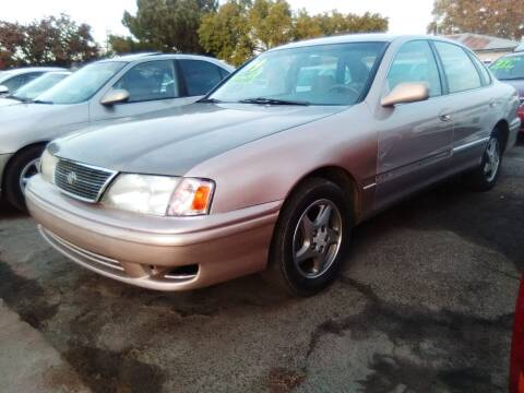 1999 Toyota Avalon for sale at Larry's Auto Sales Inc. in Fresno CA