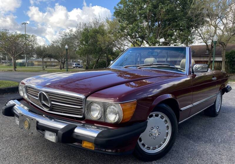 1988 Mercedes-Benz 560-Class for sale at Maxicars Auto Sales in West Park FL