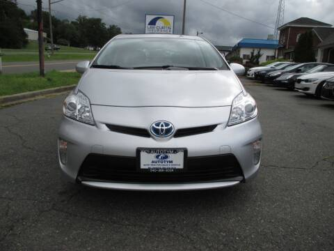2012 Toyota Prius for sale at AUTOTYM INC in Fredericksburg VA
