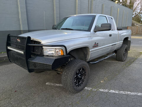 2001 Dodge Ram Pickup 2500 for sale at APX Auto Brokers in Lynnwood WA