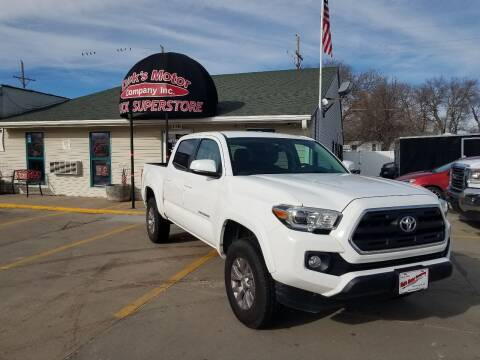 2017 Toyota Tacoma for sale at DICK'S MOTOR CO INC in Grand Island NE
