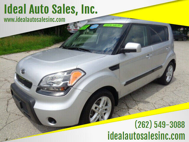2011 Kia Soul for sale at Ideal Auto Sales, Inc. in Waukesha WI