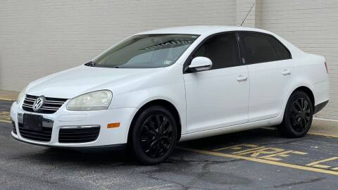 2009 Volkswagen Jetta for sale at Carland Auto Sales INC. in Portsmouth VA