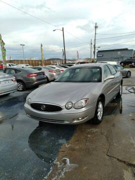 2006 Buick LaCrosse for sale at Sissonville Used Cars in Charleston WV