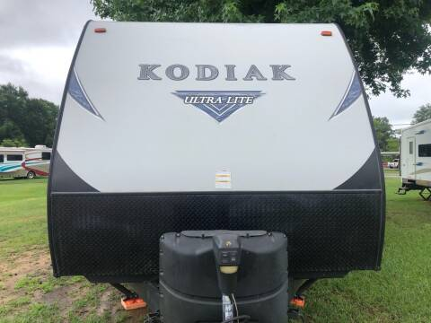 2017 FOR SALE!!!  2017 Kodiak BHS 243 for sale at S & R RV Sales & Rentals, LLC in Marshall TX