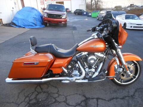 2014 Harley-Davidson Street Glide for sale at Platinum Auto World in Fredericksburg VA