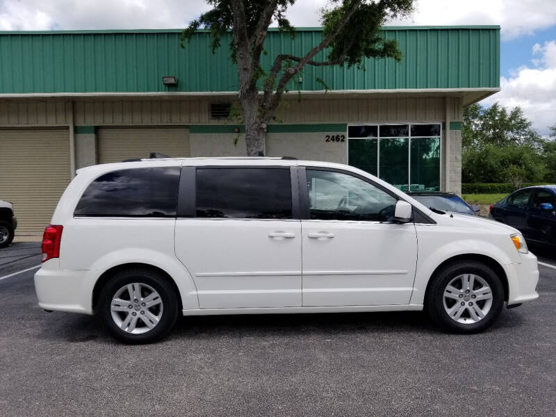 2011 Dodge Grand Caravan for sale at CARPORT SALES AND  LEASING in Oviedo FL