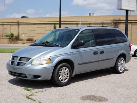 2005 Dodge Grand Caravan for sale at Dave Johnson Sales in Wichita KS