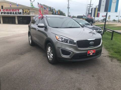 2017 Kia Sorento for sale at FREDY CARS FOR LESS in Houston TX