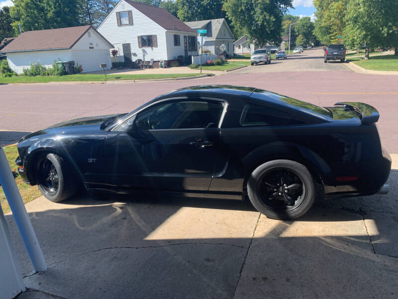 2007 Ford Mustang for sale at Los Arreglados Auto Sales in Worthington MN