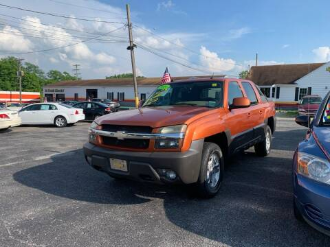 2004 Chevrolet Avalanche for sale at Credit Connection Auto Sales Dover in Dover PA
