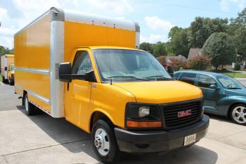 2016 GMC Savana Cutaway for sale at KEEN AUTOMOTIVE in Clarksville TN