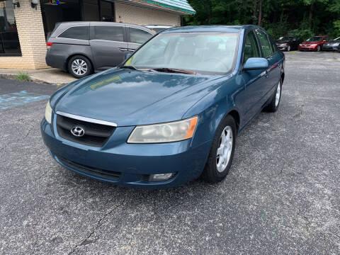 2006 Hyundai Sonata for sale at Diana Rico LLC in Dalton GA