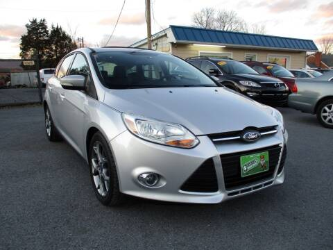 2013 Ford Focus for sale at Supermax Autos in Strasburg VA