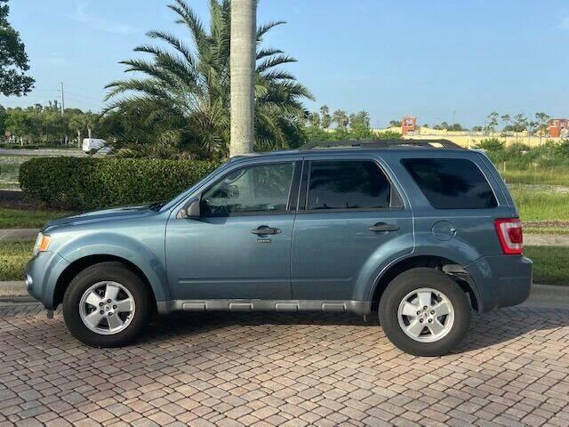 2011 Ford Escape XLT for sale at World Champions Auto Inc in Cape Coral FL