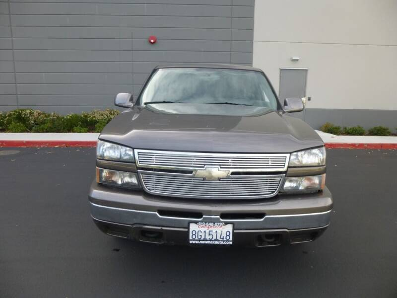 2006 Chevrolet Silverado 1500 for sale at Newmax Auto Sales in Hayward CA