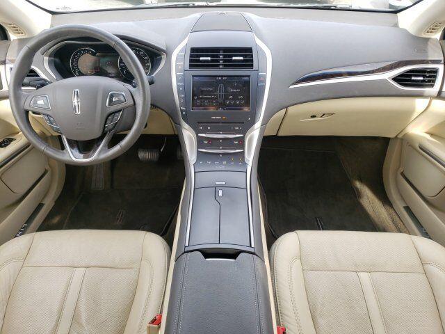 2014 Lincoln MKZ 11