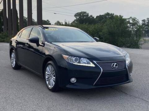 2013 Lexus ES 350 for sale at Betten Baker Preowned Center in Twin Lake MI