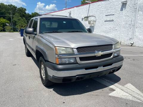2004 Chevrolet Avalanche for sale at Consumer Auto Credit in Tampa FL