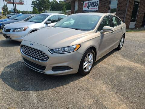 2018 Ford Fusion for sale at Auto Credit Xpress in Benton AR