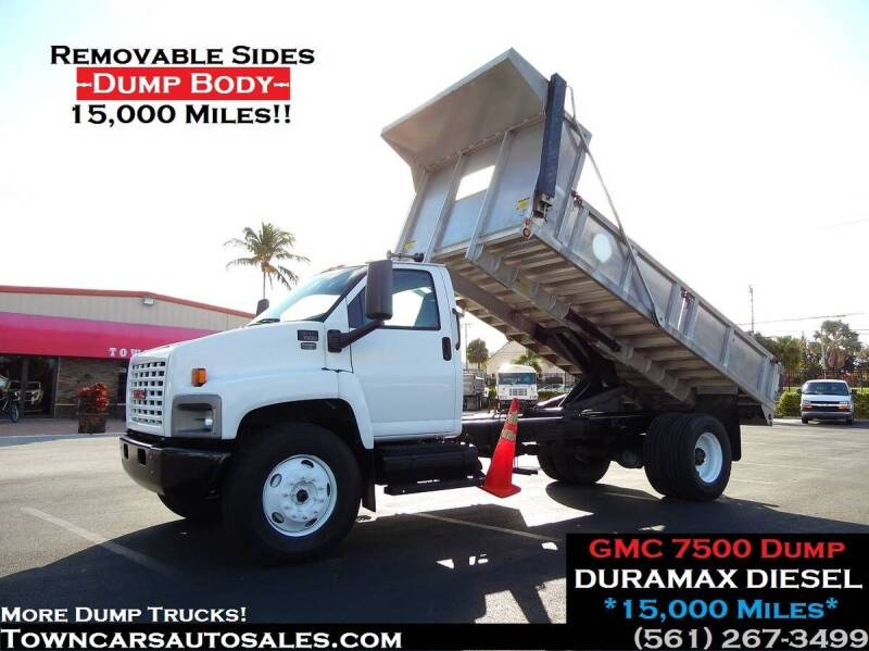 2004 GMC 7500 for sale at Town Cars Auto Sales in West Palm Beach FL