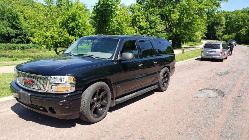 2001 GMC Yukon XL for sale at Twin City Auto Exchange LLC in Minneapolis MN