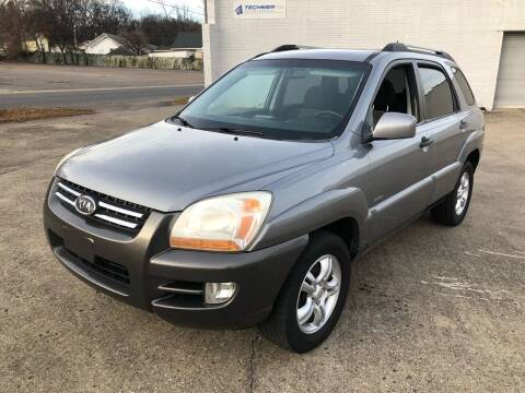 2006 Kia Sportage for sale at Diana Rico LLC in Dalton GA