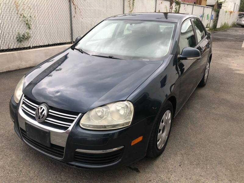 2006 Volkswagen Jetta for sale at Pinnacle Automotive Group in Roselle NJ