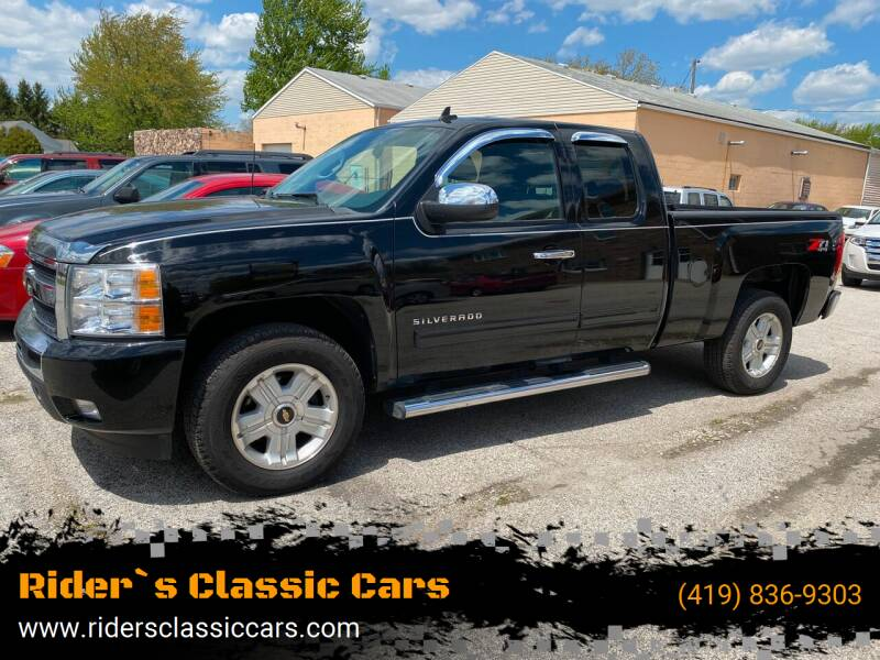 2011 Chevrolet Silverado 1500 for sale at Rider`s Classic Cars in Millbury OH