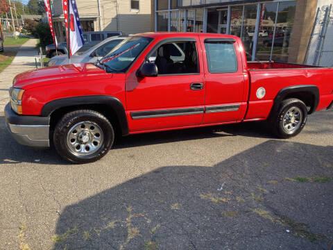 2005 Chevrolet Silverado 1500 for sale at Thomas Anthony Auto Sales LLC DBA Manis Motor Sale in Bridgeport CT