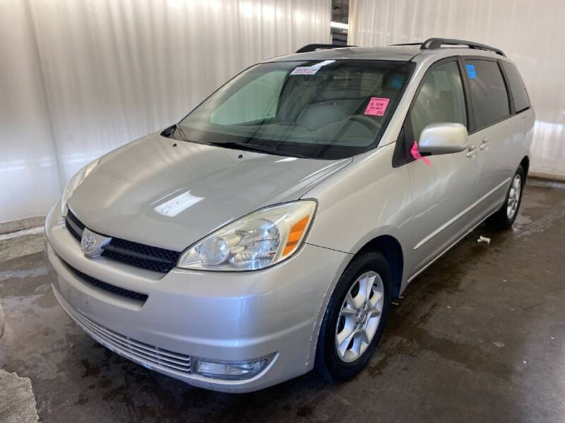 2004 Toyota Sienna for sale at Doug Dawson Motor Sales in Mount Sterling KY