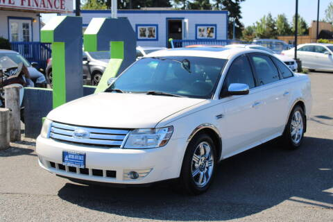 2009 Ford Taurus for sale at BAYSIDE AUTO SALES in Everett WA