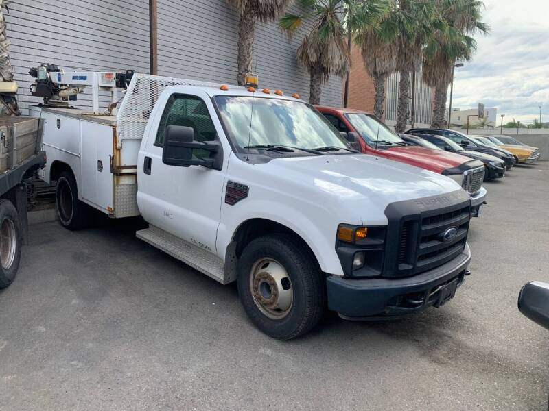 2008 Ford F-350 Super Duty for sale at In-House Auto Finance in Hawthorne CA