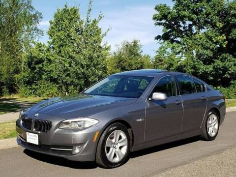 2013 BMW 5 Series for sale at CLEAR CHOICE AUTOMOTIVE in Milwaukie OR