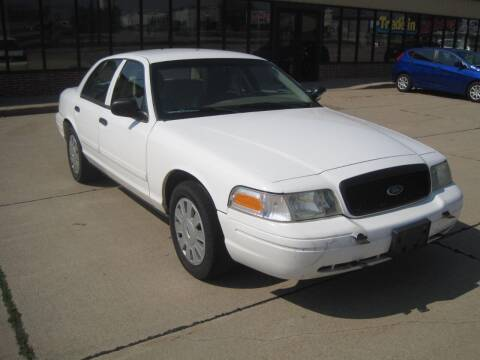2011 Ford Crown Victoria for sale at IVERSON'S CAR SALES in Canton SD