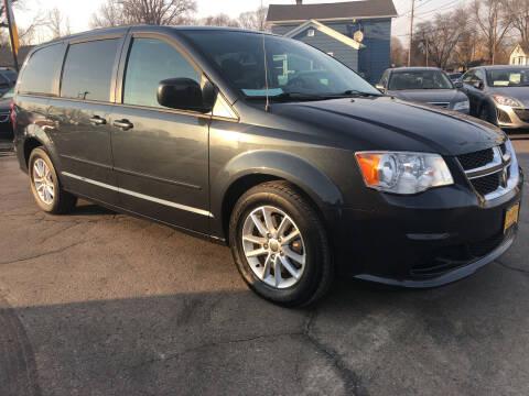 2013 Dodge Grand Caravan for sale at COMPTON MOTORS LLC in Sturtevant WI