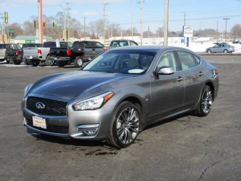 2017 Infiniti Q70 for sale at Windsor Auto Sales in Loves Park IL