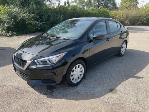 2020 Nissan Versa for sale at Mr. Auto in Hamilton OH