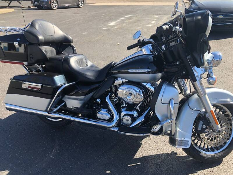 2012 Harley-Davidson ELECTRA GLIDE ULTRA LIMITED for sale at Teds Auto Inc in Marshall MO